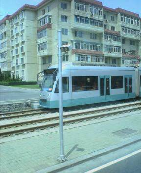 街を走る電車